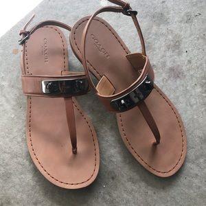 Coach sandals brown side buckle